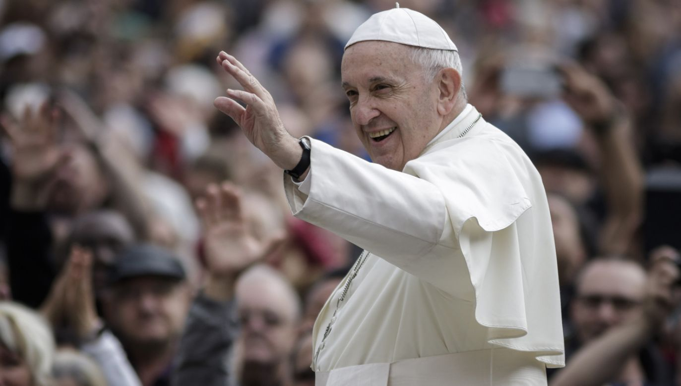 Papież w orędziu napisał, że istotą misji Kościoła jest przekazywanie wiary poprzez szerzenie miłości bez granic (fot. Giuseppe Ciccia/Pacific Press/LightRocket via Getty Images)