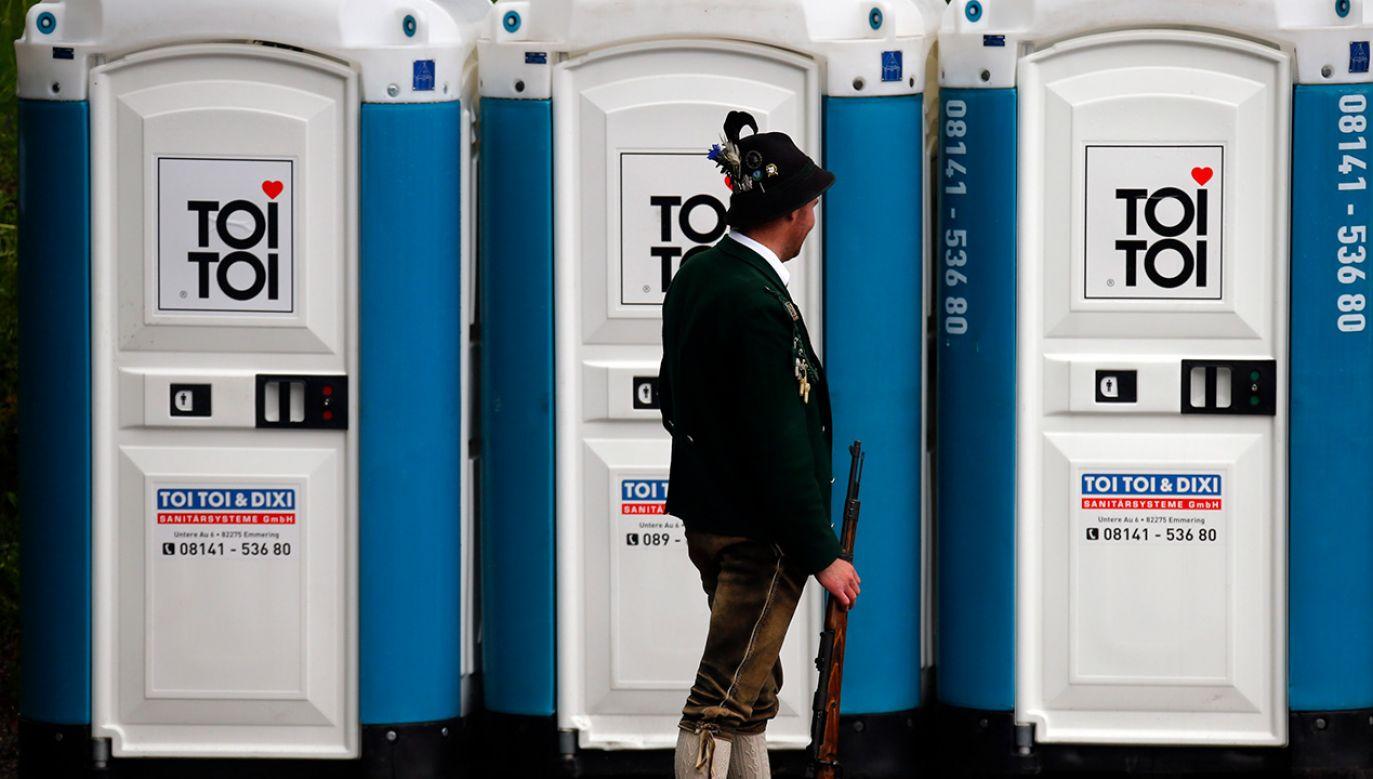 Toitoiowy przekręt w Niemczech. Są wyroki (fot.  REUTERS/Michael Dalder)