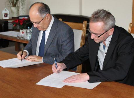 Porozumienie o współpracy TVP3 Rzeszów i UR