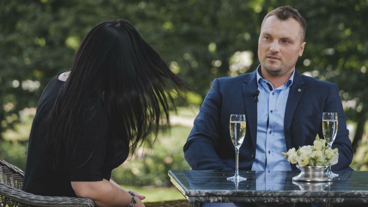 Grzesiek uważnie słuchał kandydatek. Jakie wrażenia wyniósł z pierwszych spotkań? (fot. TVP)