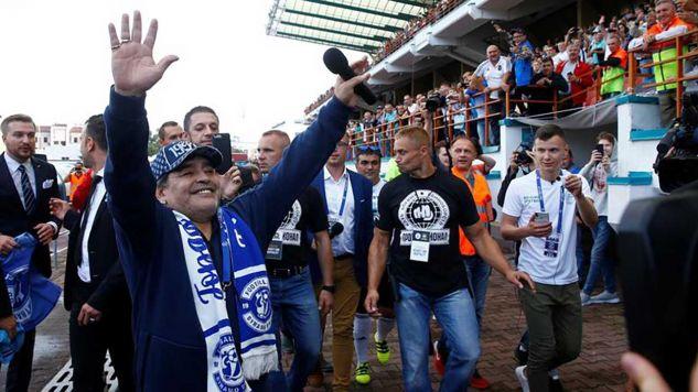 Maradona przyleciał do Brześcia, gdzie ma objąć funkcję prezesa klubu Dynamo (fot. REUTERS/Vasily Fedosenko)