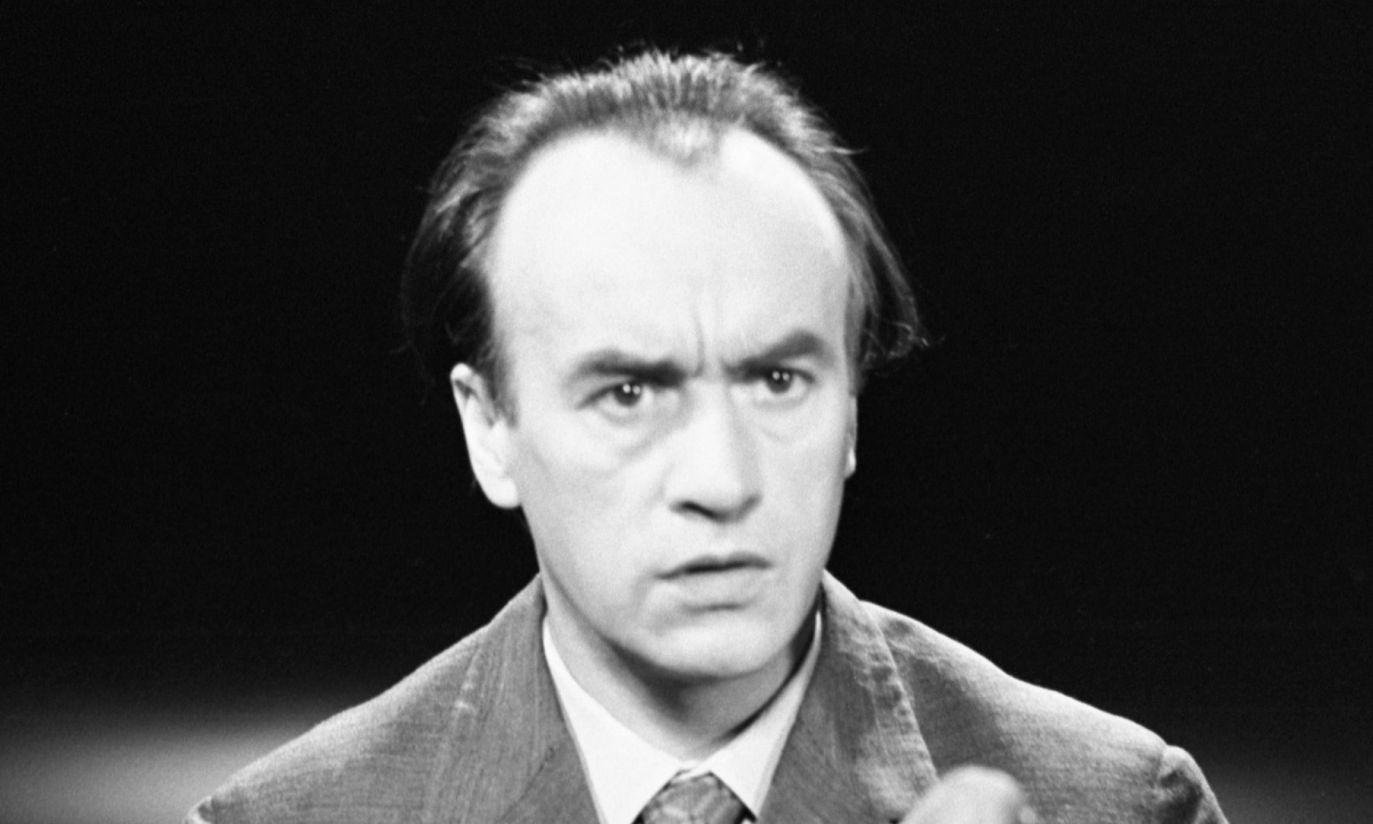 Rok 1972: czupryna aktora straciła na gęstości, jednak temperament wciąż ten sam (fot. arch. PAP/Zygmunt Januszewski)