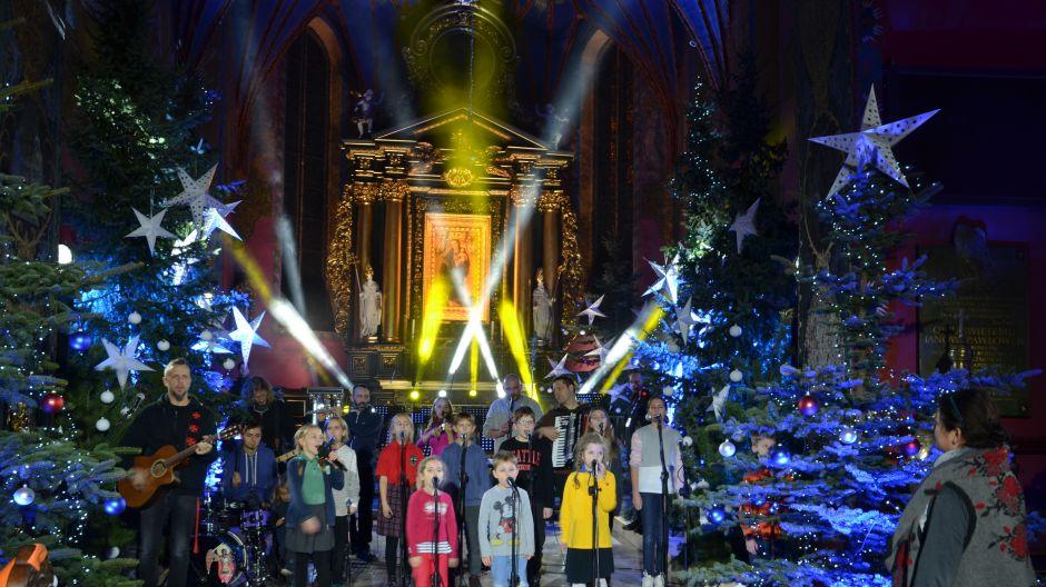"""Koncert """"Energia Serc"""", Bydgoszcz, 11.12.2017- Ekipa TVP na planie realizacyjnym"""