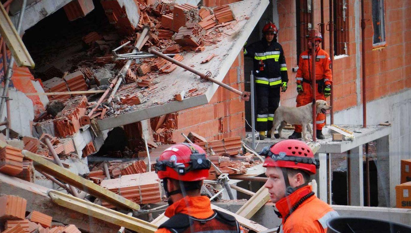 Służby wyjaśniają przyczyny zawalenia i wybuchu budynku na placu budowy w Bielsku-Białej (fot. fb/Bielskie Drogi)