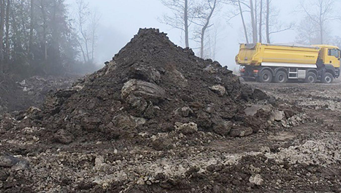 Jak podają śledczy, materiał pochodził z oczyszczalni ścieków m.in. w Mińsku Mazowieckim (fot. KPP Pułtusk)