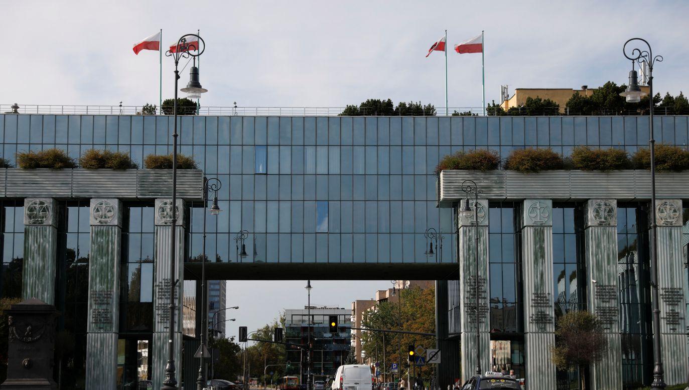 Prezydent Duda podejmie dziś decyzję ws. noweli  ustawy o Sądzie Najwyższym (fot. REUTERS/Kacper Pempel)