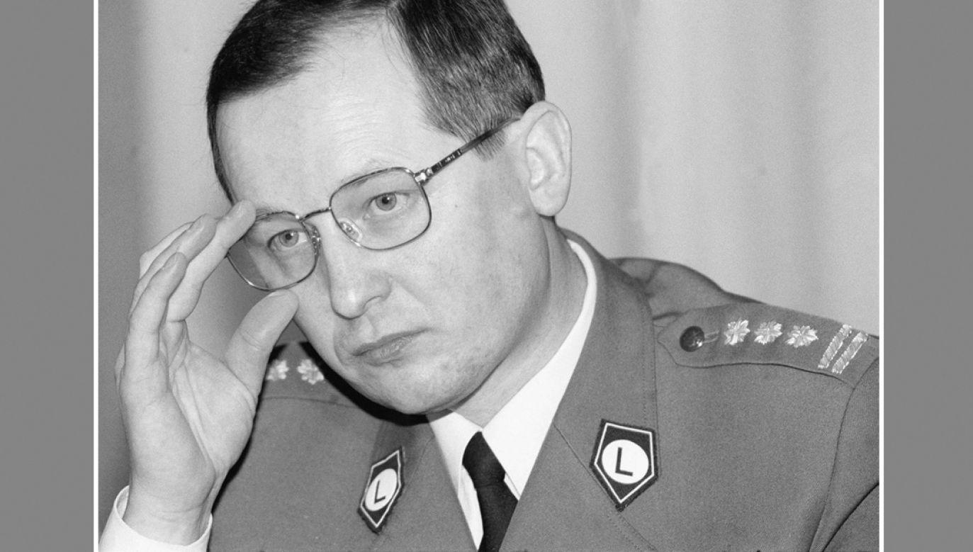 Były komendant główny policji Marek Papała (fot. arch. PAP/CAF-Andrzej Rybczyński)