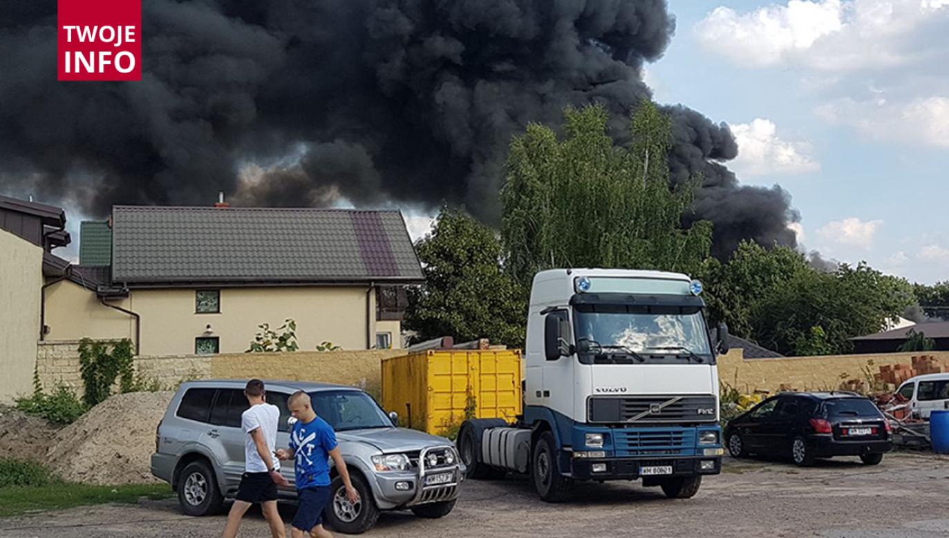 Dym z pożaru widać było z odległości 20 km (fot. Twoje Info)