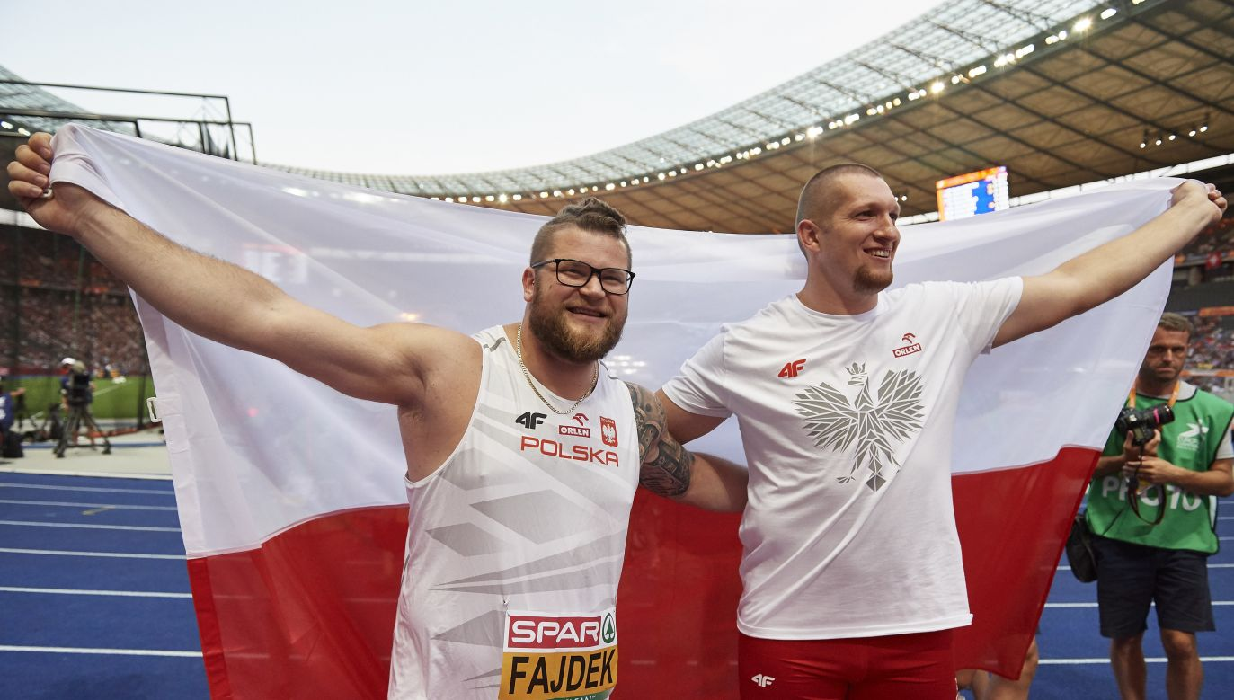 Paweł Fajdek and Wojciech Nowicki (R) Poles became victors of the European Athletics Championships' hammer-throwing contest. Photo: PAP/Adam Warżawa