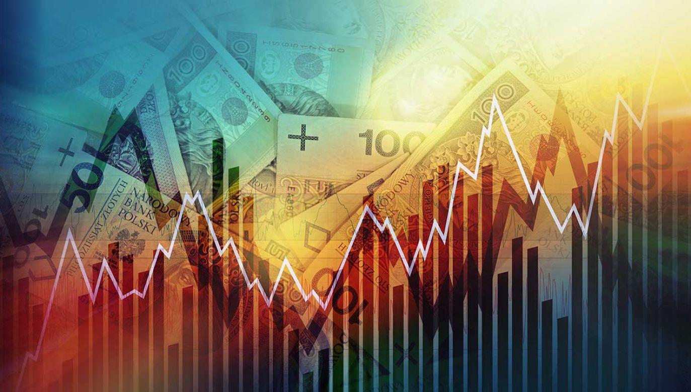 Główny Urząd Statystyczny zrewidował we wtorek kwartalne szacunki PKB w latach 2017-2018 (fot. Shutterstock/welcomia)