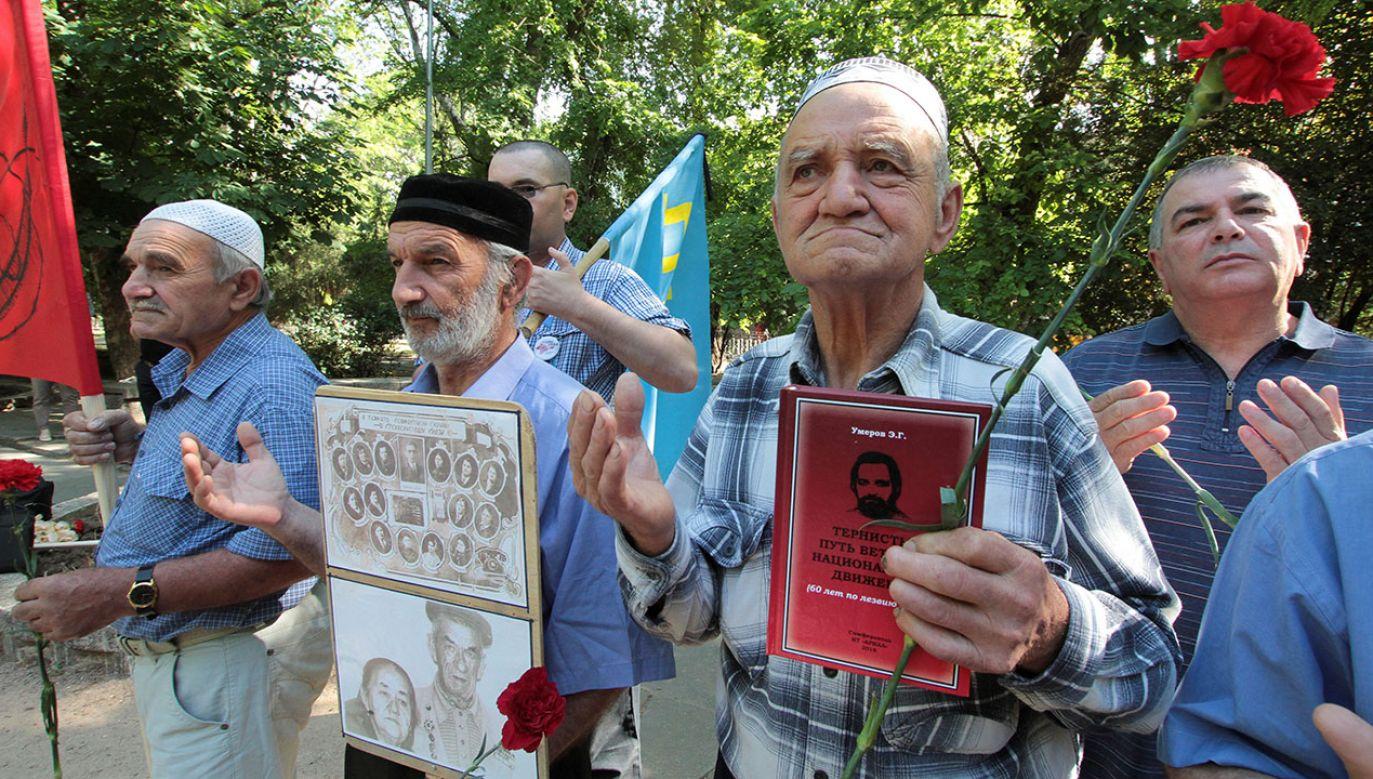 Część Tatarów krymskich do dziś nie akceptuje rosyjskiej aneksji Krymu (fot. REUTERS/Pavel Rebrov)