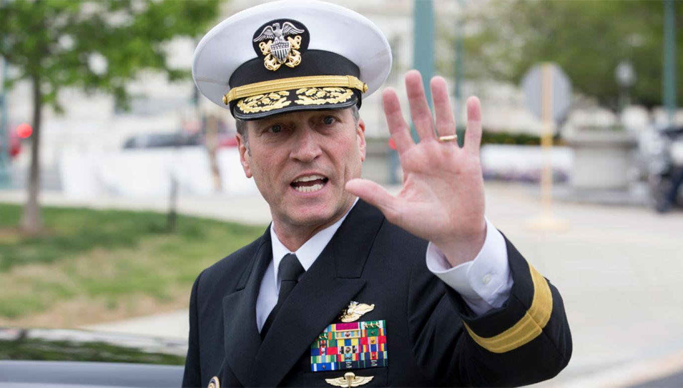 Ronny L. Jackson ma być szef Departamentu ds. Weteranów (fot. PAP/EPA/MICHAEL REYNOLDS)