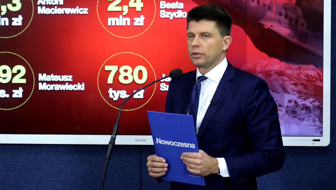 Petru boi się utraty stanowiska szefa Nowoczesnej (fot. PAP/Tomasz Gzell)