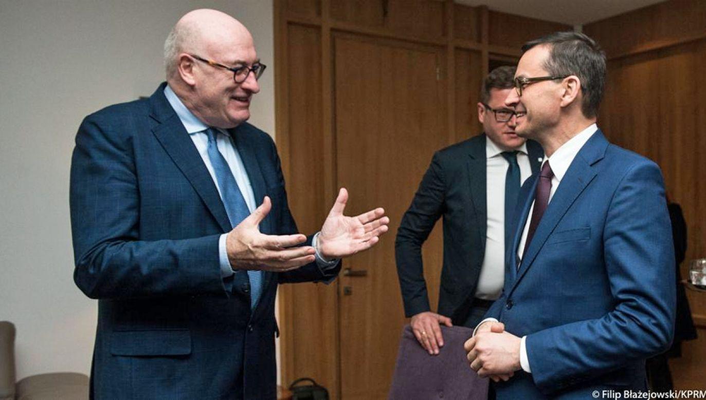Phil Hogan i Mateusz Morawiecki rozmawiali około dwóch godzin (fot. TT/Kancelaria Premiera/Filip Błażejowski)