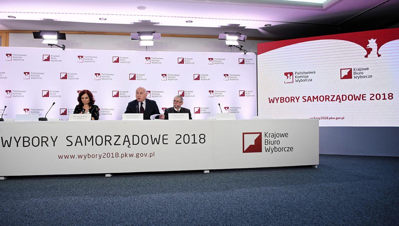 Według pełnomocnika wyborczego partii, stanowisko przyzwalało na głosowanie po ustawowo określonym terminie (fot. PAP/Radek Pietruszka)