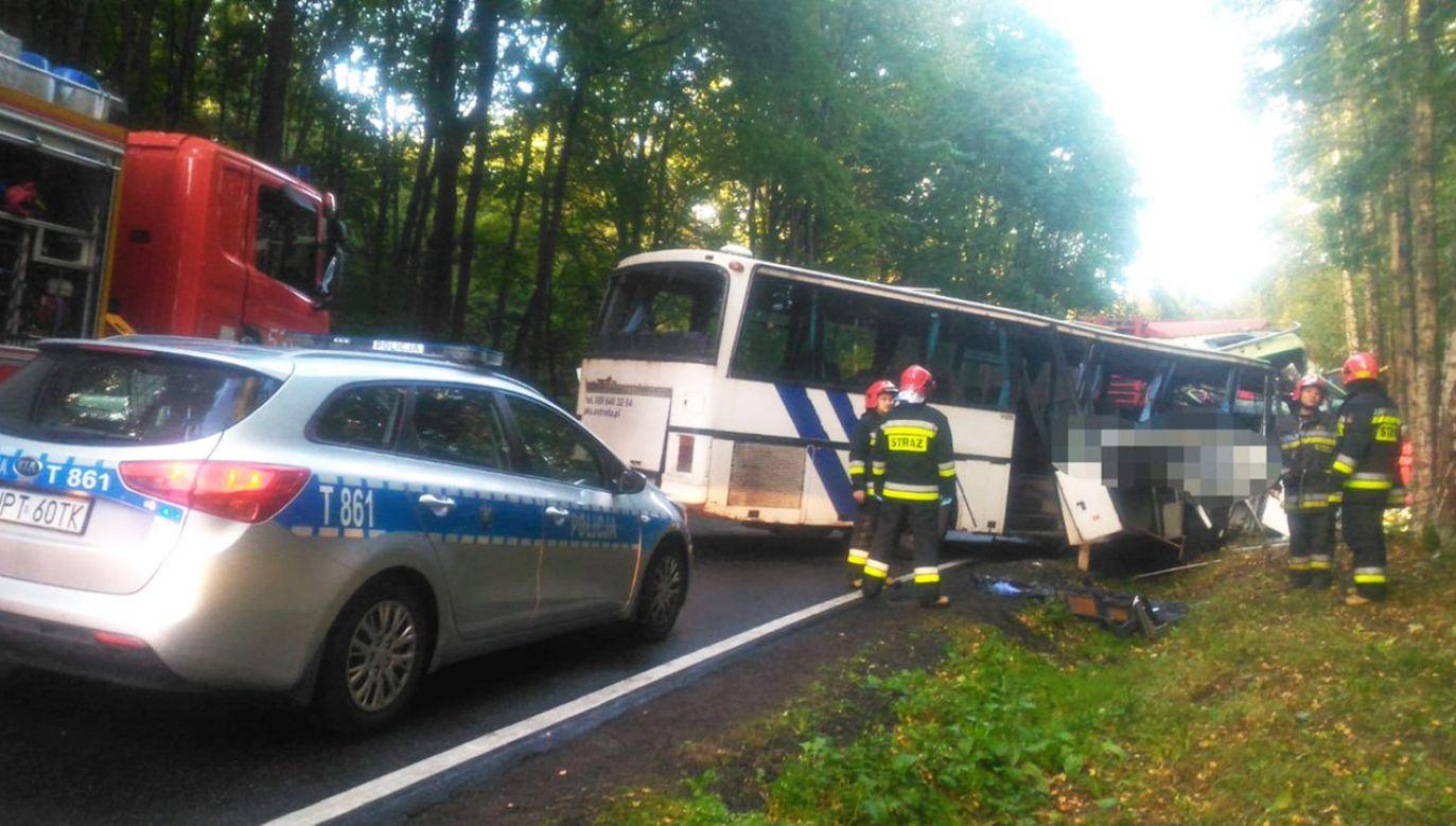 Poszkodowana dwójka dzieci została przewieziona do szpitala (fot. tt/@KWP_Olsztyn)