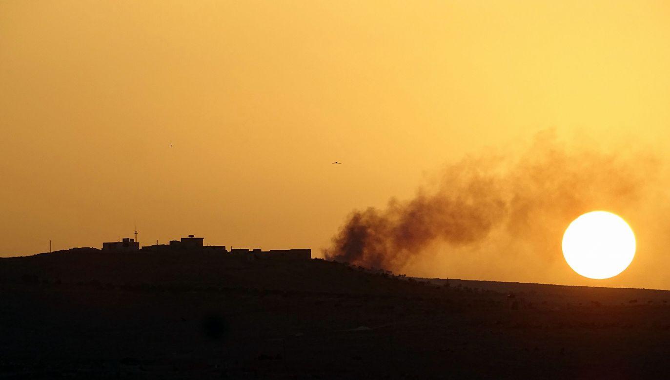 Do ataku na baterię syryjskiej artylerii miało dojść nocą z soboty na niedzielę na wschodzie Syrii (fot. Ahmed Muhammed Ali/Anadolu Agency/Getty Images)