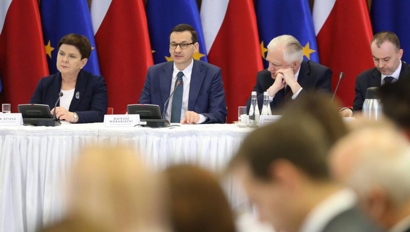 Obrady rozpoczął premier Mateusz Morawiecki (fot. TT/KPRM)