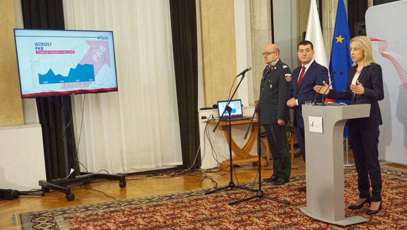 Minister Czerwińska podsumowała trzy lata działań Ministerstwa Finansów (fot. Twitter/MF)