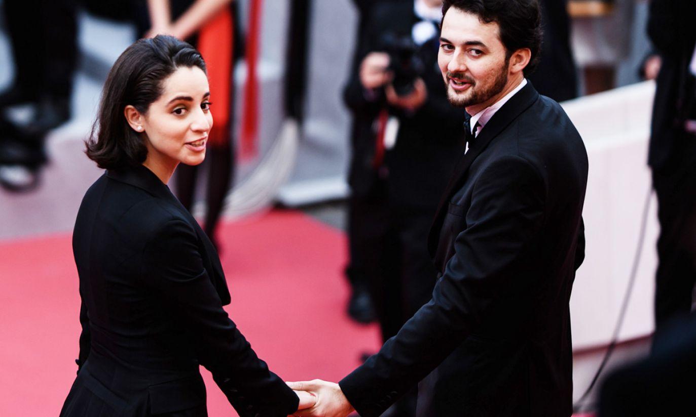 Egipski reżyser A.B. Shawky i jego żona Elisabeth Shawky-Arneitz przybywają na Festiwal Filmowy w Cannes (fot. PAP/EPA/CLEMENS BILAN)