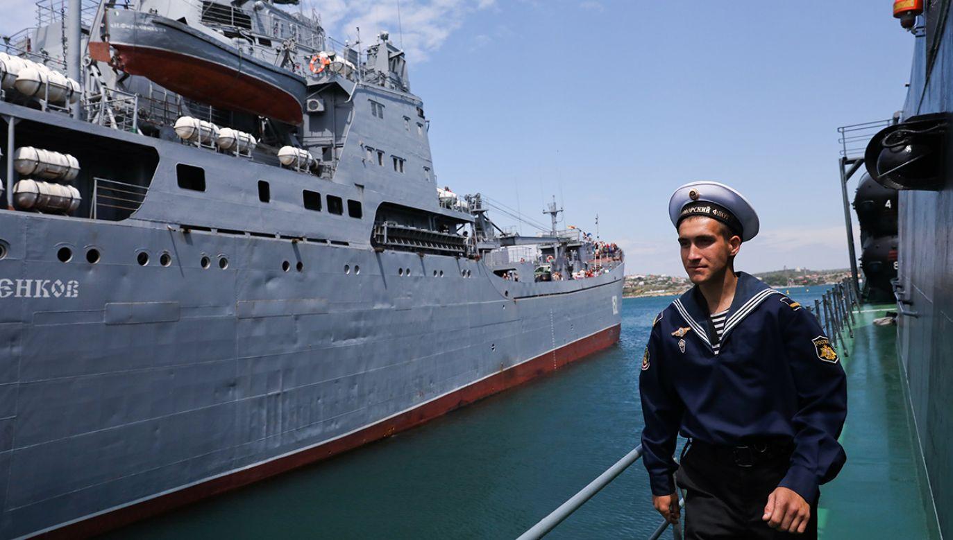Okręty rosyjskiej marynarki wojennej na Morzu Czarnym (fot. Sergei Malgavko\TASS/Getty Images)