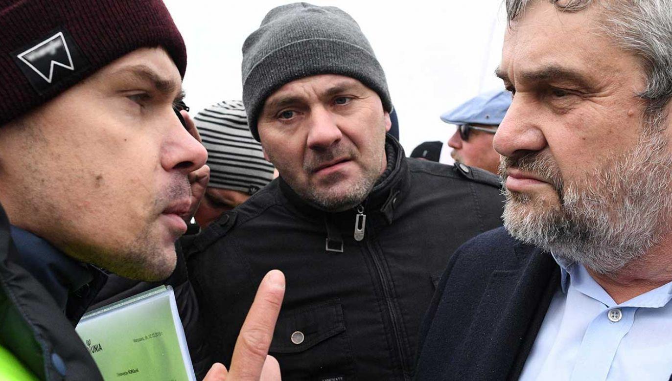 Michał Kołodziejczak (z lewej) i minister Jan Krzysztof Ardanowski (fot. PAP/Jacek Turczyk)