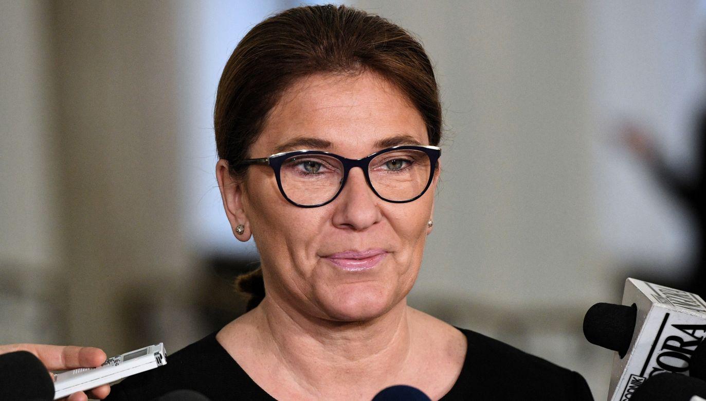 Rzeczniczka Prawa i Sprawiedliwości Beata Mazurek (fot. PAP/Radek Pietruszka)
