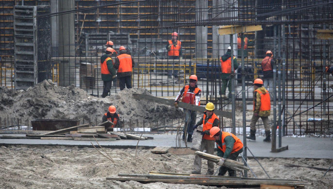Polskie agencja zatrudnienia działające na Ukrainie ostrzegają przed odpływem pracowników tego kraju do naszych sąsiadów (fot. arch. PAP/ Grzegorz Jakubowski)
