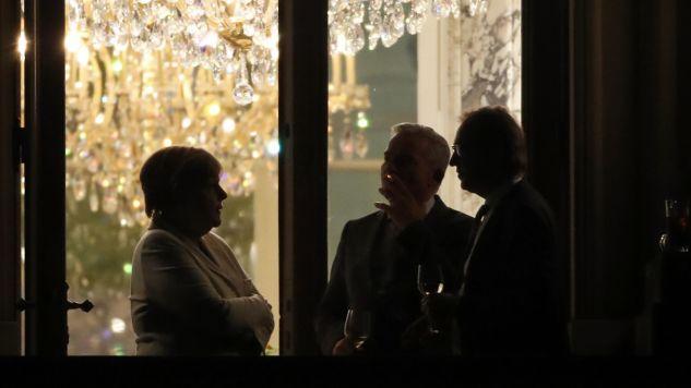 Pięć godzin trwała pierwsza tura rozmów sondażowych o wspólnym rządzie CDU/CSU, FDP i Zielonych (fot.  PAP/EPA/FELIPE TRUEBA)