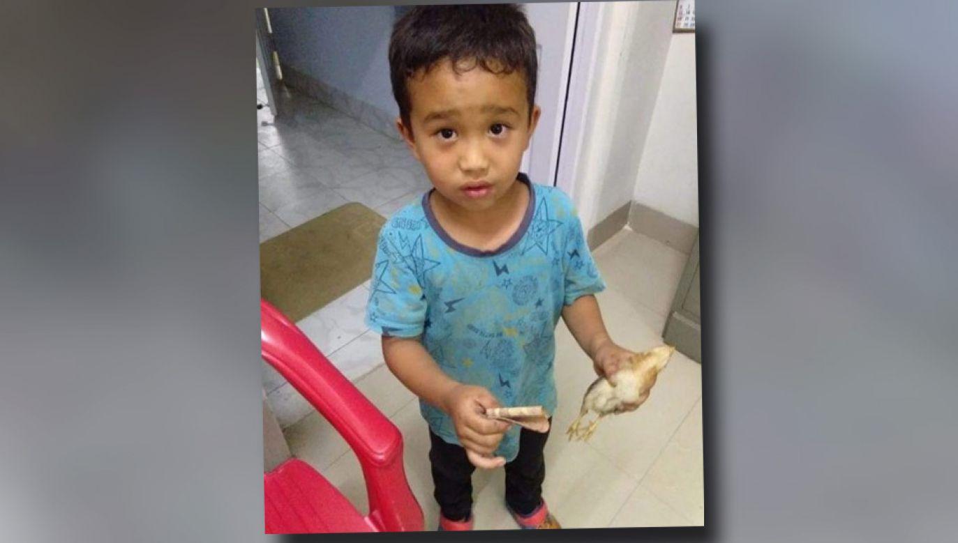 Widok zapłakanego chłopca wzruszył lekarzy (fot. FB/Sanga Says)