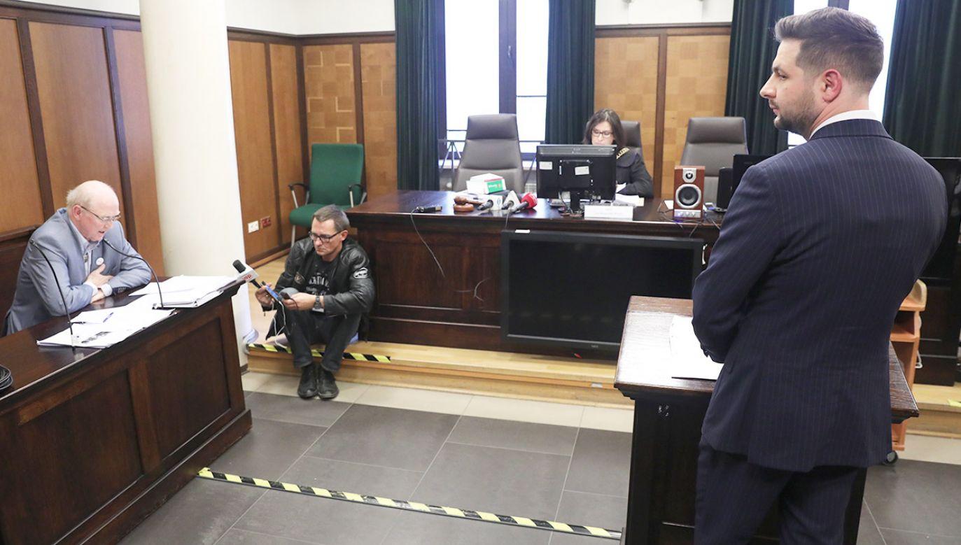 W ocenie sądu materiał dowodowy zebrany w sprawie nie pozwalał na przyjęcie, że słowa Patryka Jakiego były nieprawdziwe (fot. PAP/Tomasz Gzell)