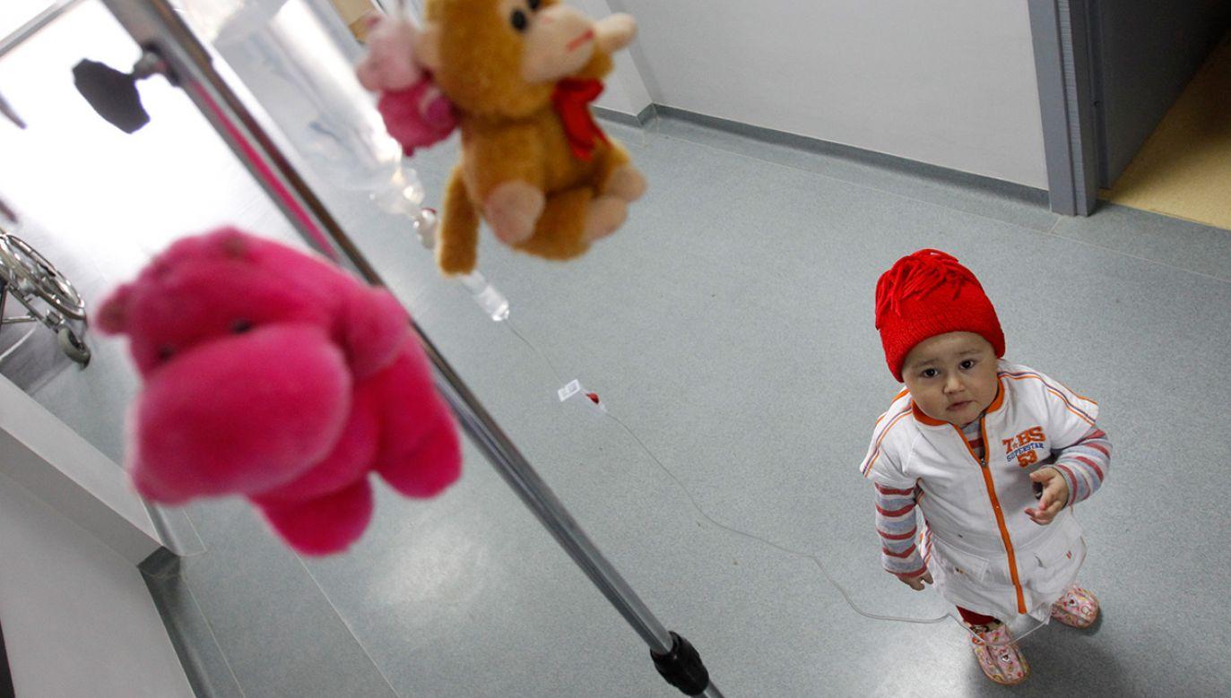 Wenetoklaks jest skuteczniejszy niż chemioterapia i inne nowe leki, takie jak ibrutynib (fot. REUTERS/David Mdzinarishvili )