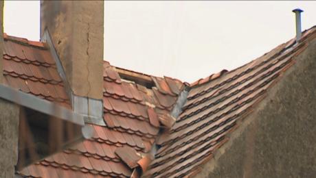 Przez 1,5 mies. nie mógł się doprosić naprawy dziurawego dachu