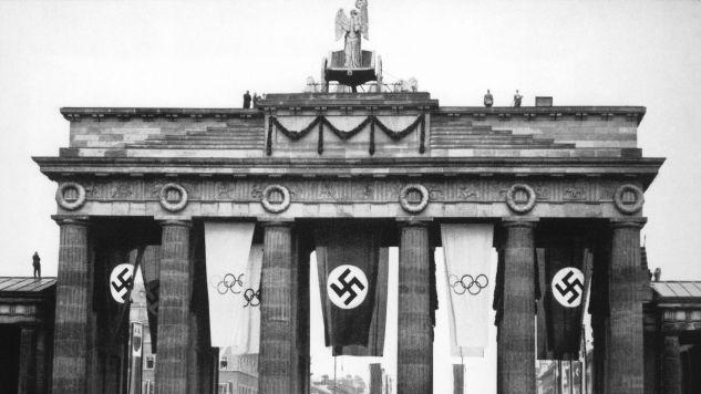 Brama Brandenburska w czasie Letnich Igrzysk Olimpijskich w 1936 r. (fot. Getty Images)
