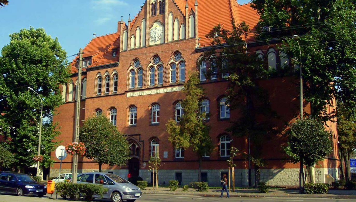 Śledztwo ma wyjaśnić okoliczności zdarzenia w Sądzie Rejonowym w Wągrowcu (fot. pl.wikipedia.org)