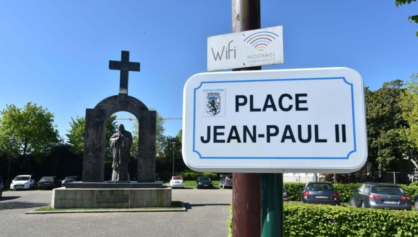 The monument's new location is on private land belonging to the Catholic Sacre Coeur college. Photo: Le Télégramme/Claude Prigent