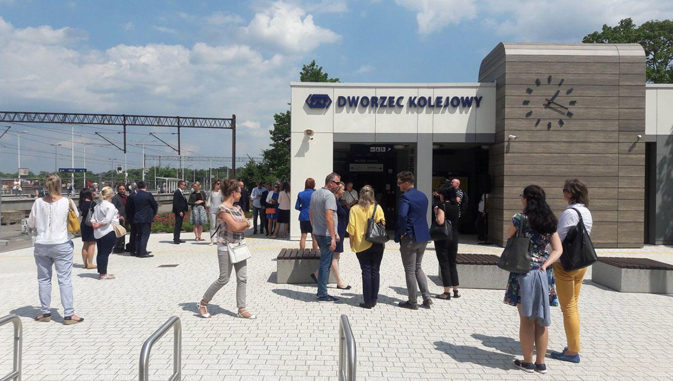 Chodzi o modernizację ponad 200 dworców kolejowych w całej Polsce (fot. tt/@PKP_SA)