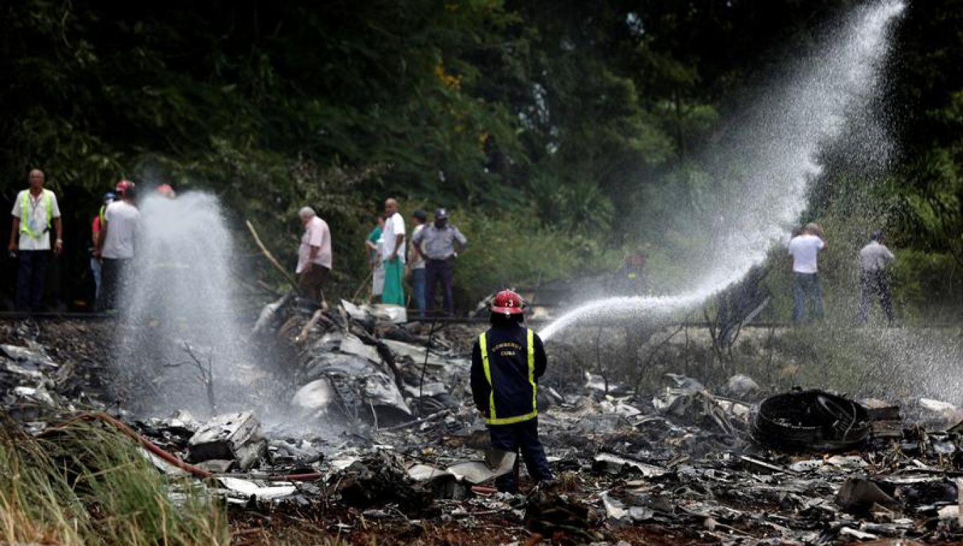 Pierwszą czarną skrzynkę odnaleziono nazajutrz po katastrofie (fot. REUTERS/Alexandre Meneghini)