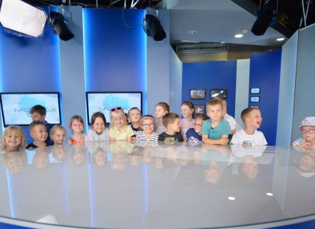 Wizyta dzieci w TVP 3 Kielce oraz podziękowanie za występ w programie