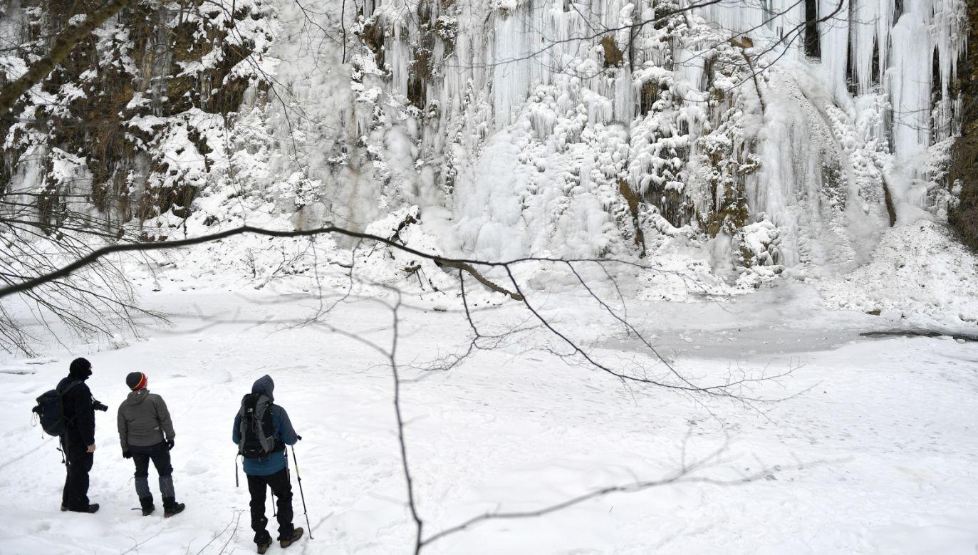 Lodospad w Rudawce Rymanowskiej w Beskidzie Niskim (fot. PAP/Darek Delmanowicz)