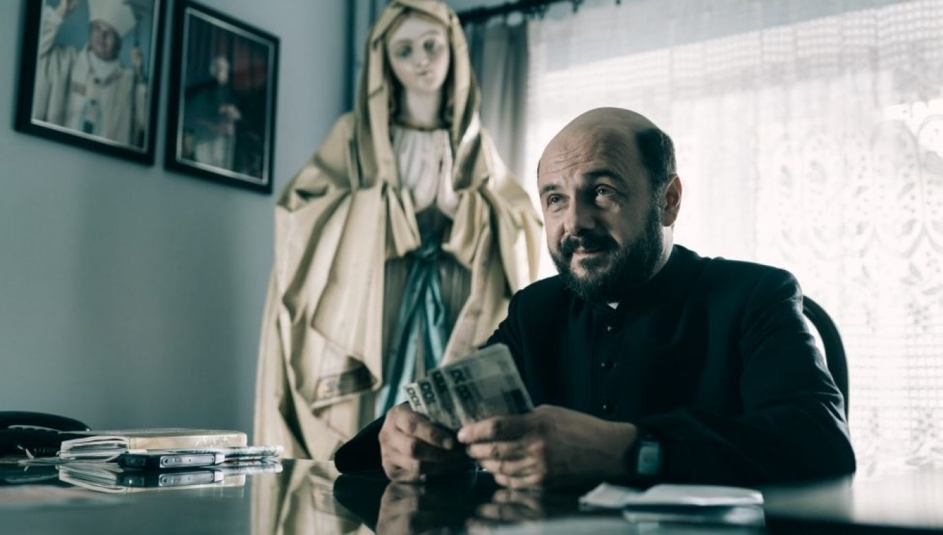 The theme of greed and hypocrisy features heavily throughout the film. Photo: Press materials/Bartosz Mrozowski