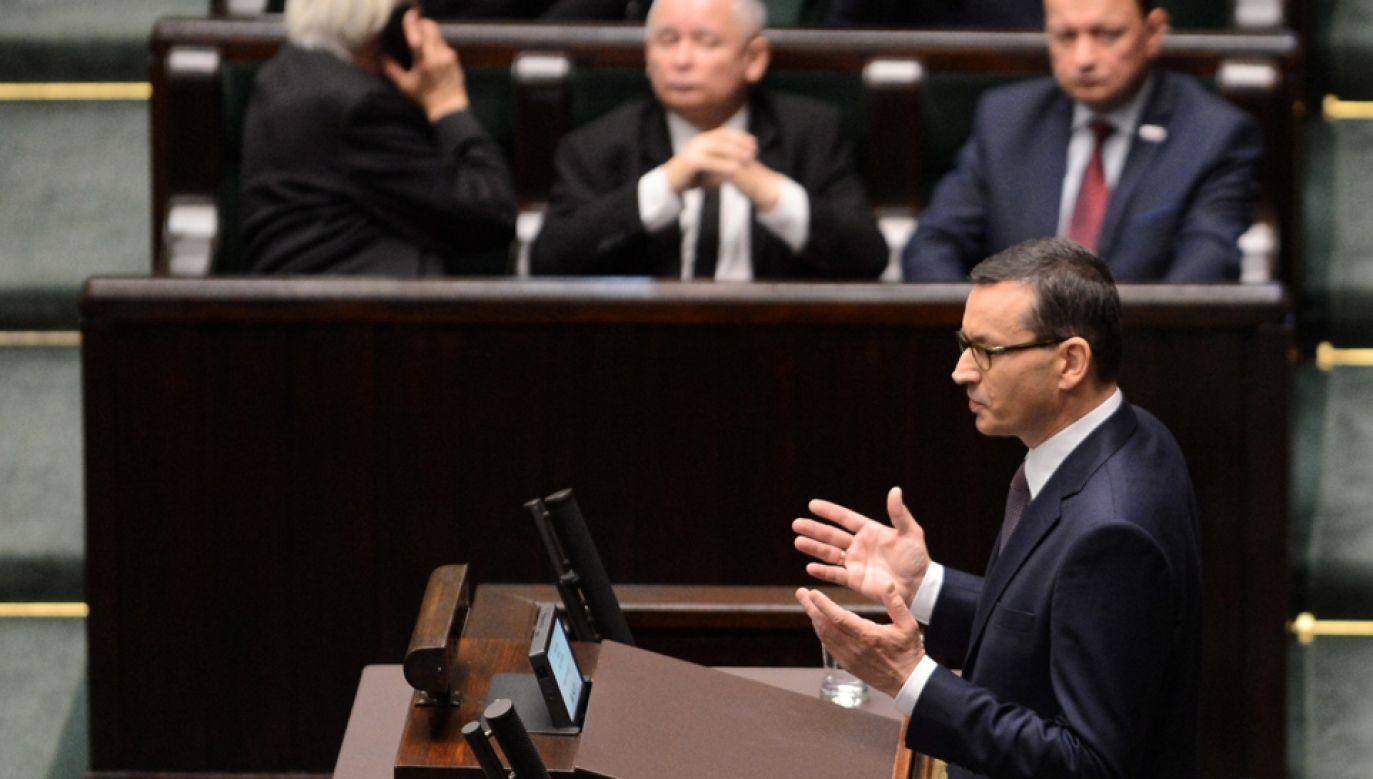 Premier Mateusz Morawiecki wnioskuje o wotum, zaufania dla rządu (fot. PAP/Jakub Kamiński)