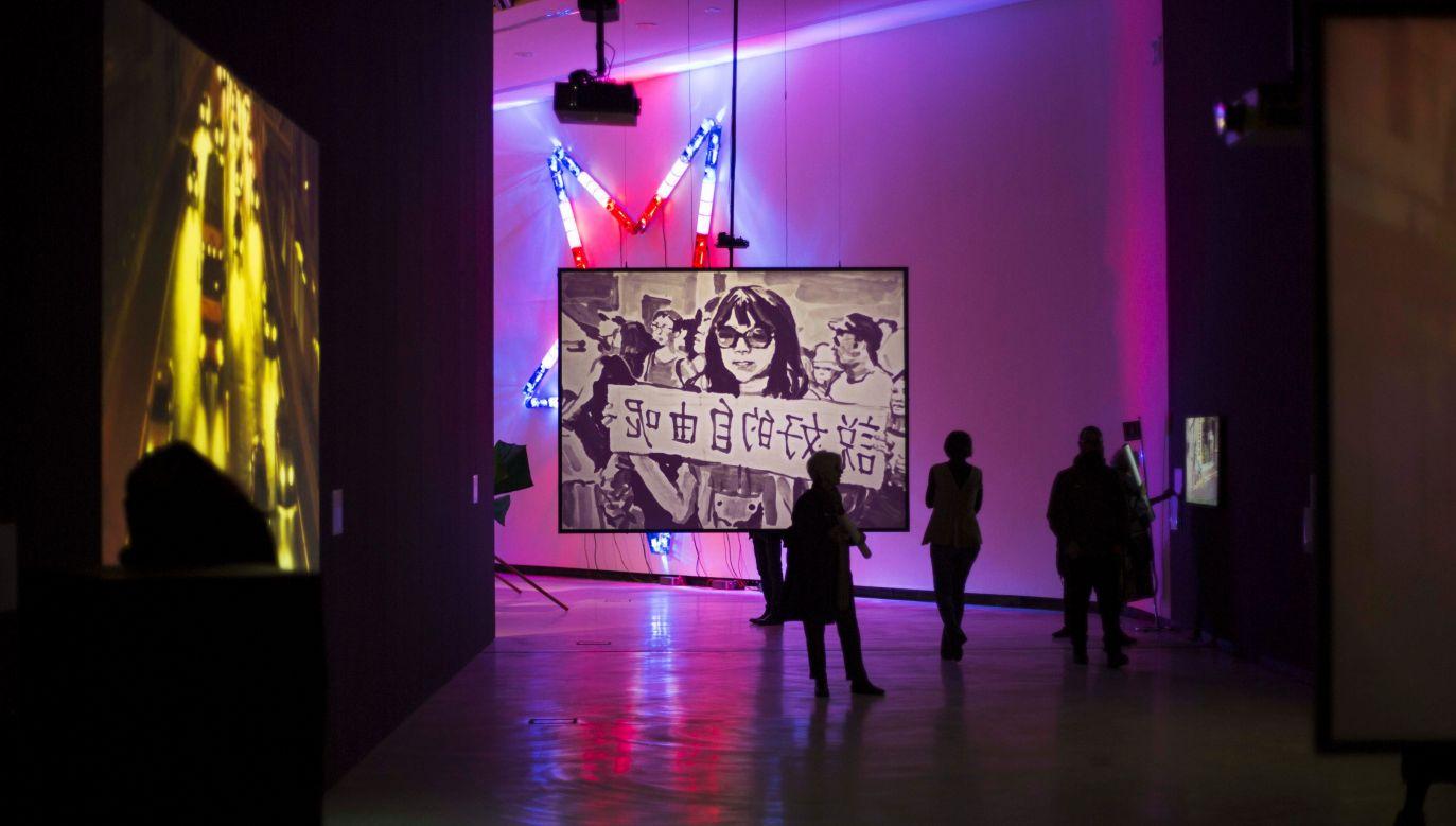"""To zestaw prac bliskich reportażom. Wystawa """"Ulica. Tam, gdzie tworzy się świat"""". Fot. Musacchio, Ianniello & Ruscio, dzięki uprzejmości Fondazione MAXXI"""