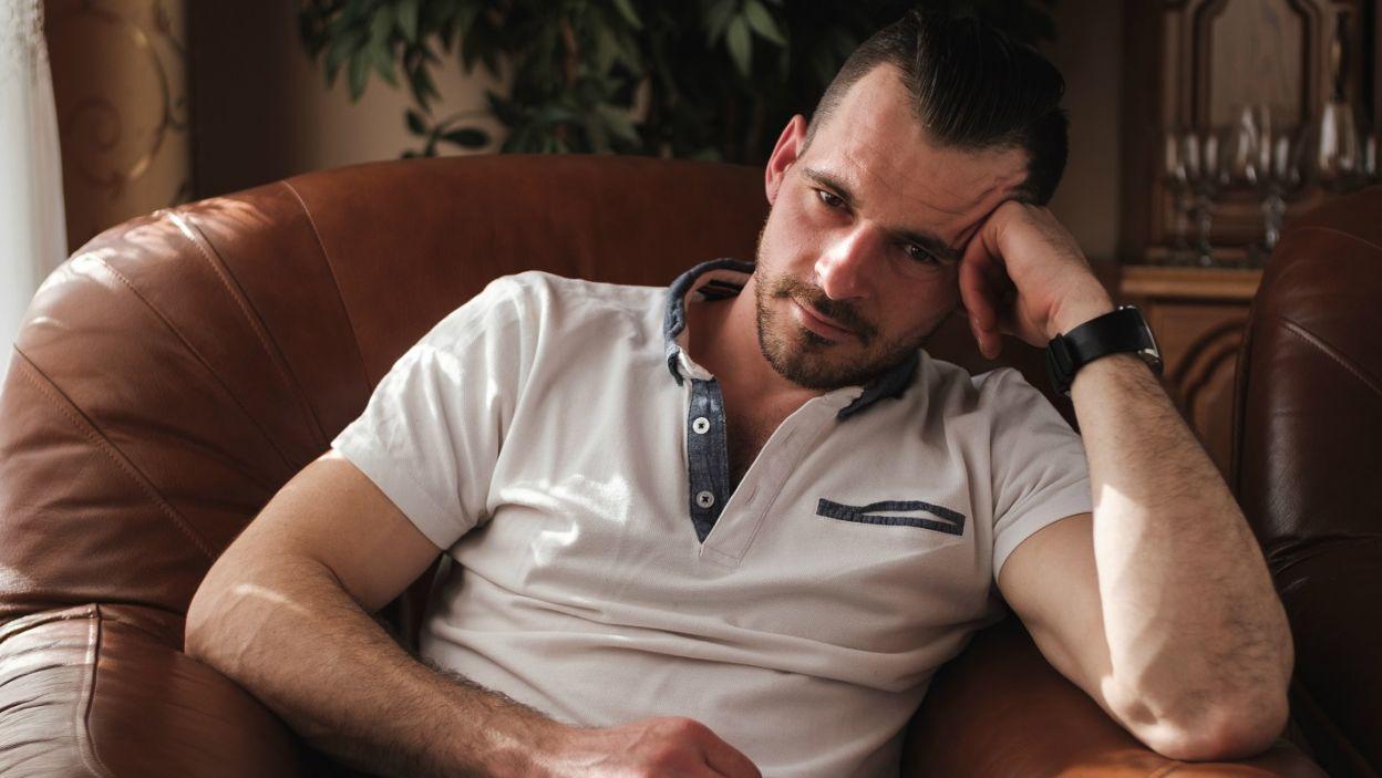 Adrian marzy o ślubie, więc wolałby związać się z dziewczyną bez przeszłości i budować z nią wszystko od nowa (fot. TVP)