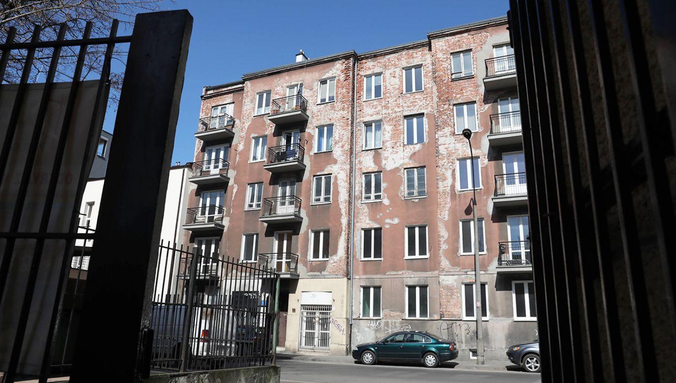 Nieruchomość przy ul. Skaryszewskiej 11 w Warszawie (fot. arch. PAP/Tomasz Gzell )