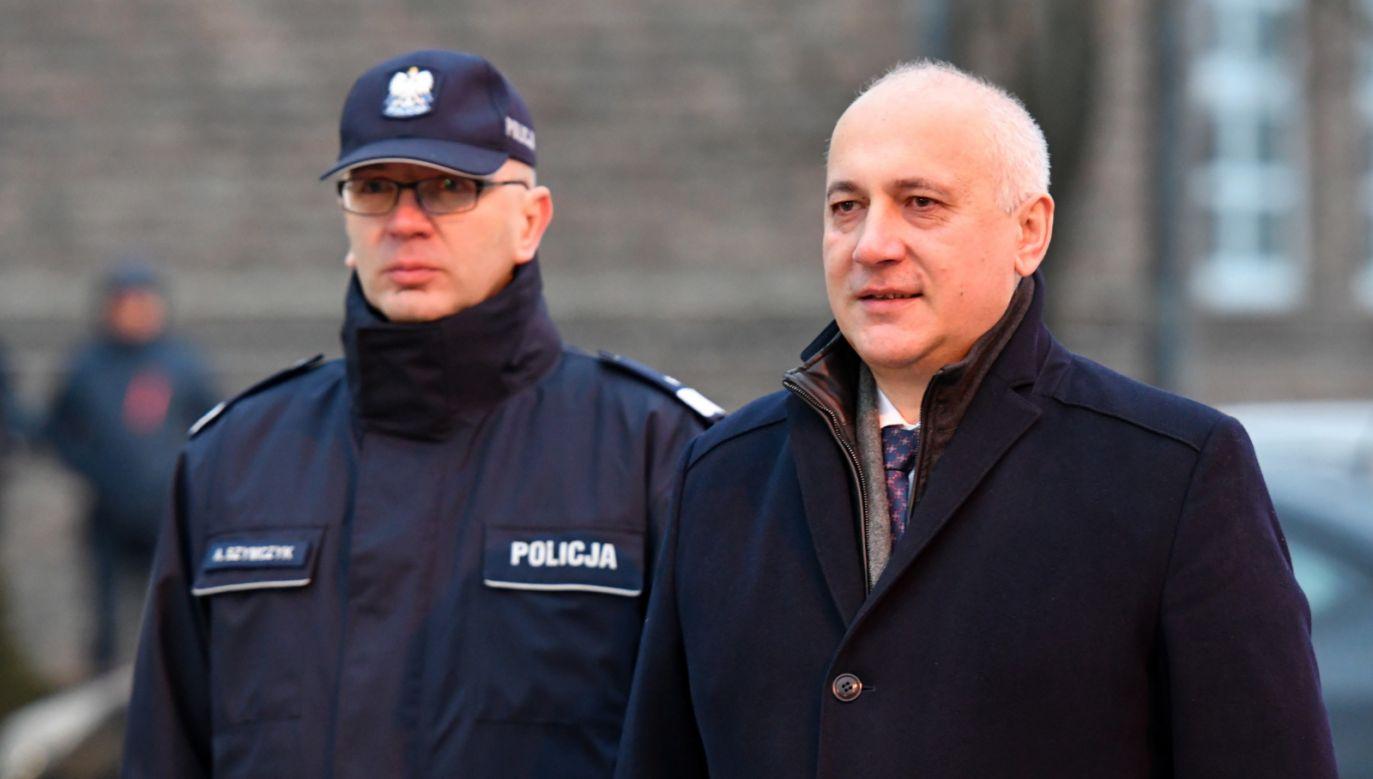 Joachim Brudziński zapowiedział, że podległy mu resort przyjrzy się planom budowy islamskiego centrum kultury (fot. PAP/Piotr Polak)