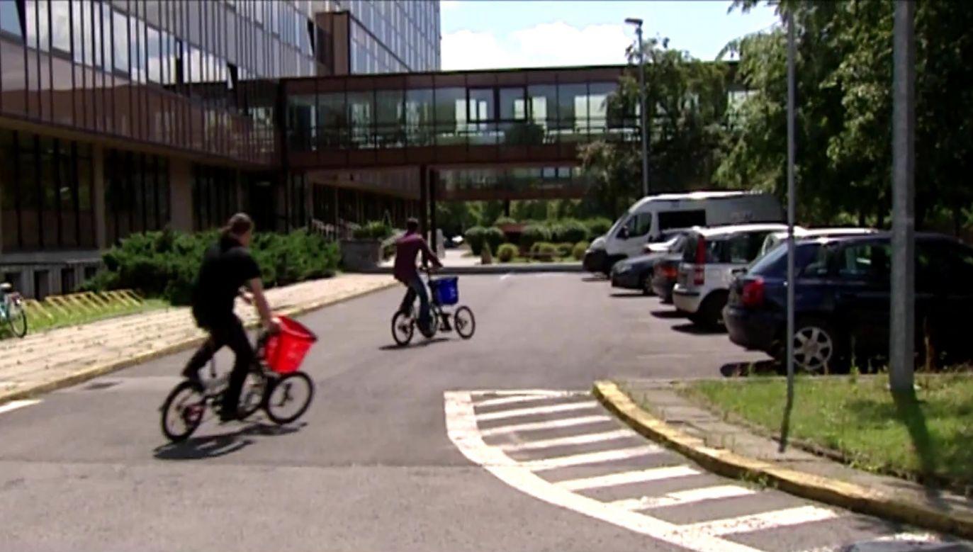 Student Politechniki Krakowskiej skonstruował wychylny rower (fot. TVP Info)