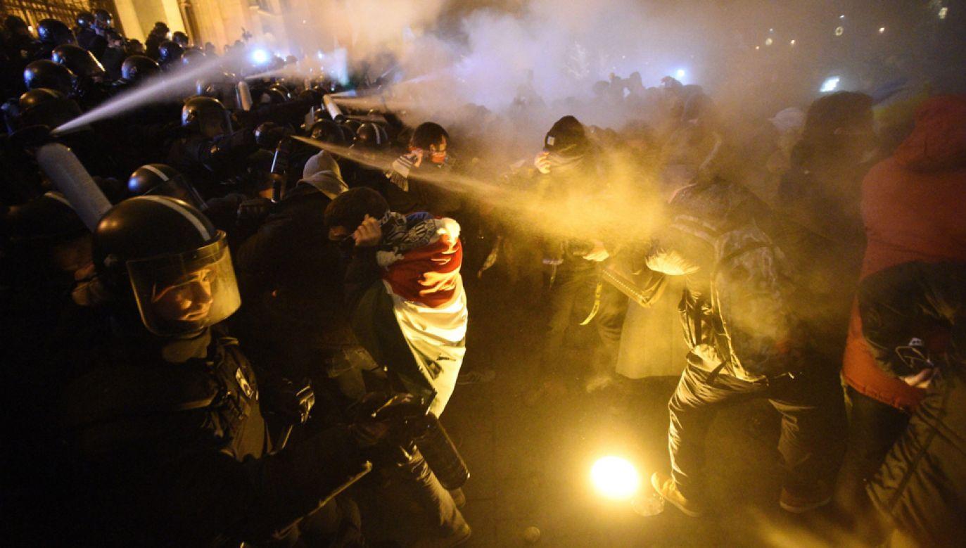Kolejna demonstracja w centrum Budapesztu (fot. PAP/EPA/ZOLTAN BALOGH)