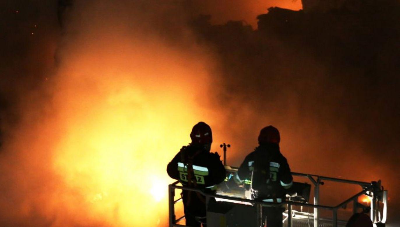 Wstępnie straty oszacowano na około 50 tysięcy złotych (fot. PAP/ Tomasz Gzell)