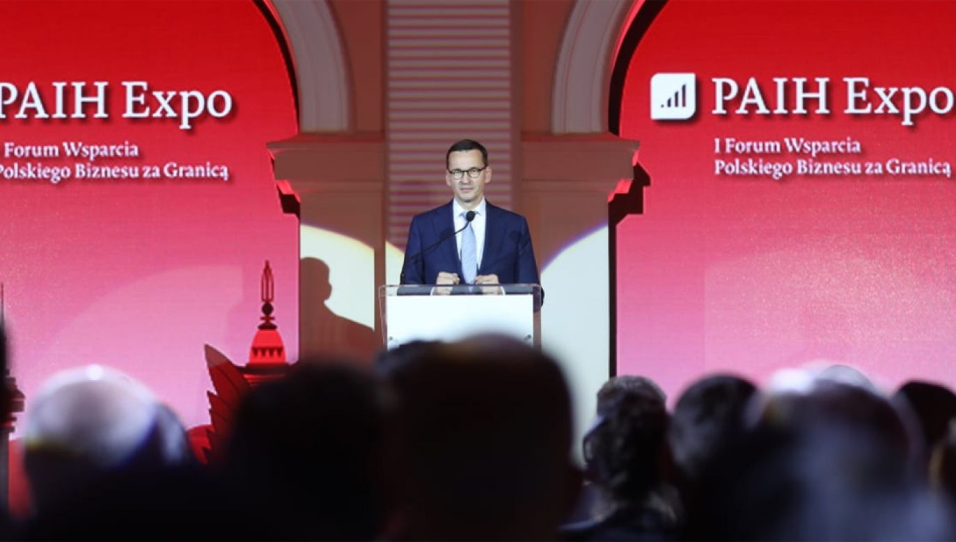 Premier Mateusz Morawiecki podczas gali wręczenia nagród PAiH (fot. Twitter/KPRM)
